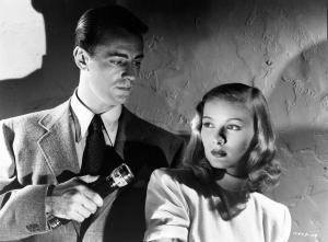 still-of-alan-ladd-and-veronica-lake-in-the-blue-dahlia-(1946)-large-picture